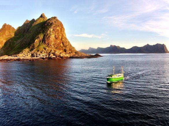 Verdens første elektriske fiskerfartøy Karoline.